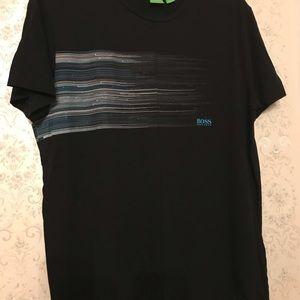 Black T shirt 👕 good like new